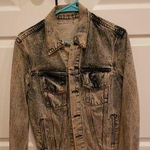 Acid wash jeans jacket